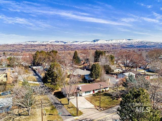 3840 N Mountain View Dr., Boise, ID 83704 (MLS #98795181) :: Juniper Realty Group