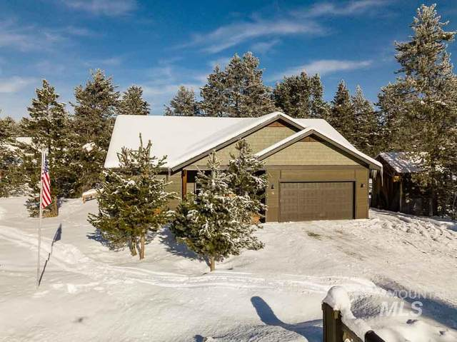 16 Grand Fir Dr, Donnelly, ID 83615 (MLS #98795208) :: Silvercreek Realty Group