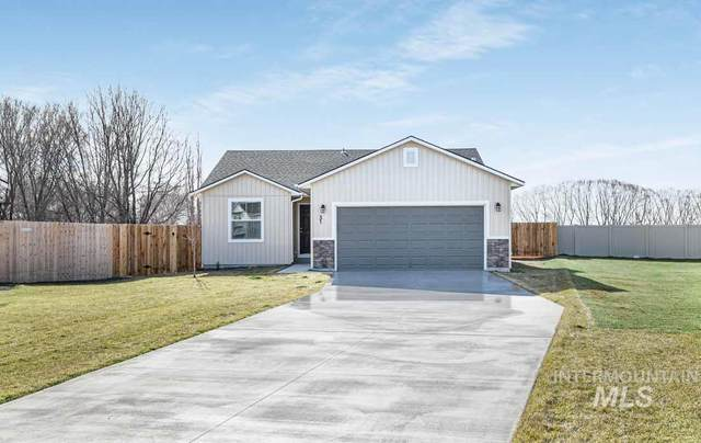 31 S Sapling, Nampa, ID 83651 (MLS #98795236) :: Team One Group Real Estate