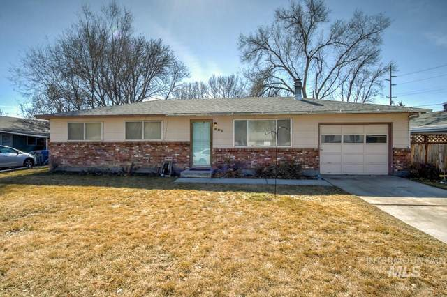 937 W Delaware, Nampa, ID 83651 (MLS #98795241) :: Team One Group Real Estate