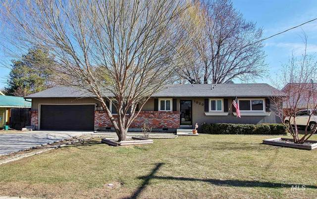 1020 N Indiana Ave, Caldwell, ID 83605 (MLS #98795389) :: Michael Ryan Real Estate