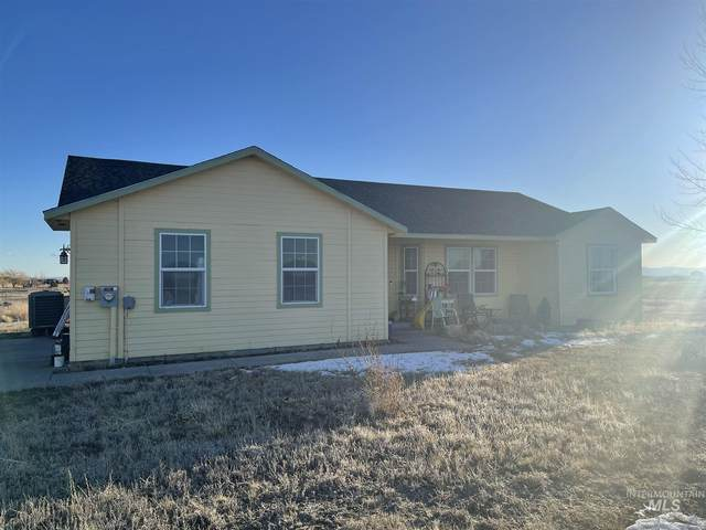 6095 SW Old Grandview Hwy, Mountain Home, ID 83647 (MLS #98795470) :: Full Sail Real Estate