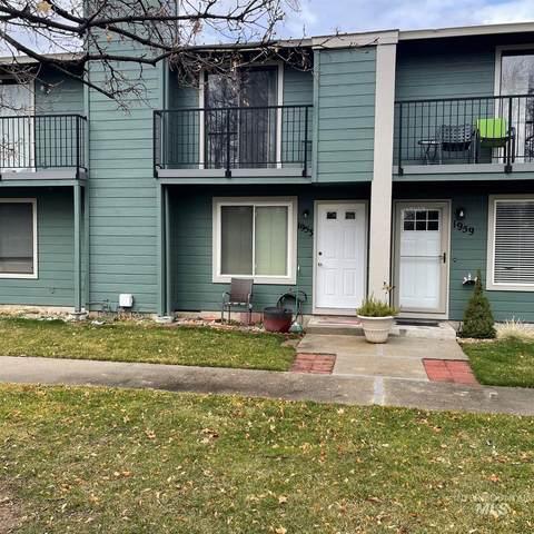 1953 E Old Saybrook Lane, Boise, ID 83706 (MLS #98795512) :: Idaho Real Estate Pros
