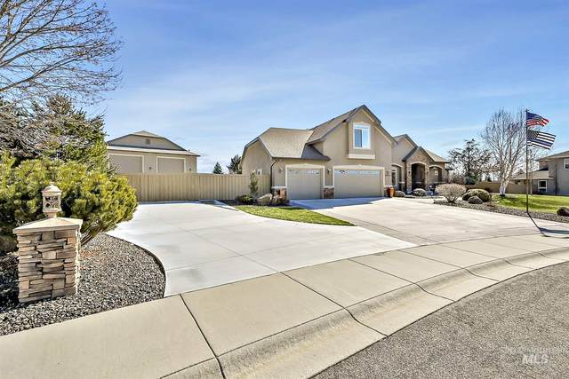 4974 S Bittercreek Ave, Meridian, ID 83642 (MLS #98795547) :: Idaho Real Estate Pros