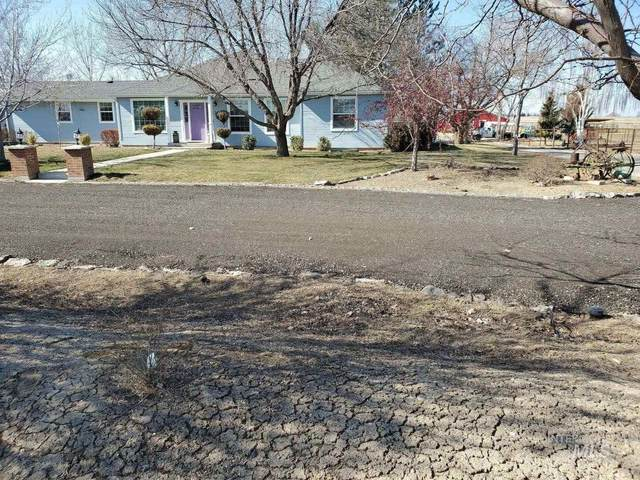 7425 Robinson Rd, Kuna, ID 83634 (MLS #98795623) :: Boise Home Pros