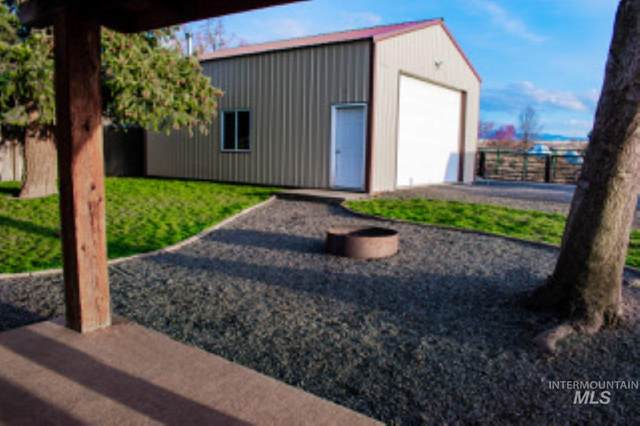 2030 Birch Ave, Lewiston, ID 83501 (MLS #98797614) :: Shannon Metcalf Realty