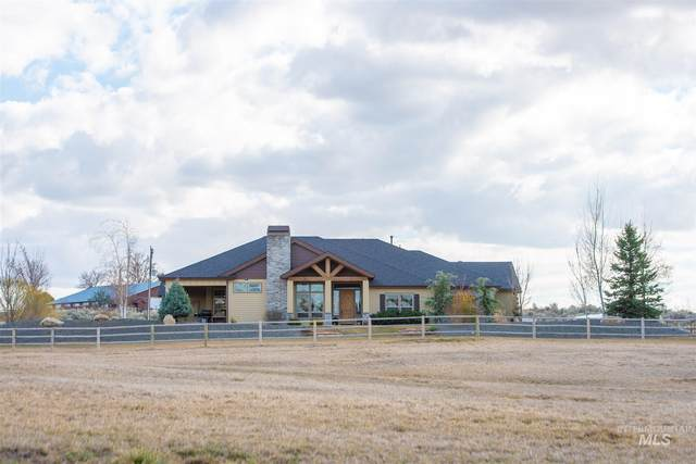 6079 Purple Sage Rd, Star, ID 83669 (MLS #98797616) :: Shannon Metcalf Realty