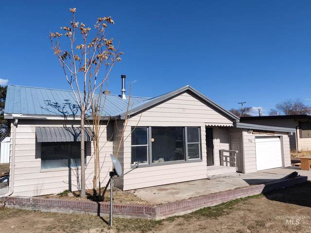 720 N 9th Avenue, Buhl, ID 83316 (MLS #98797627) :: Boise River Realty
