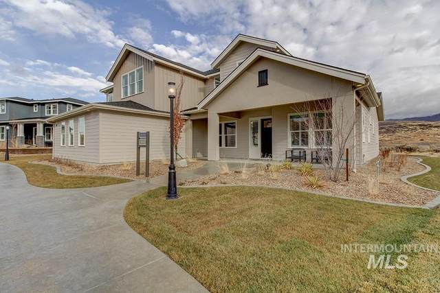 11881 N Barn Owl Way, Boise, ID 83714 (MLS #98798241) :: Bafundi Real Estate
