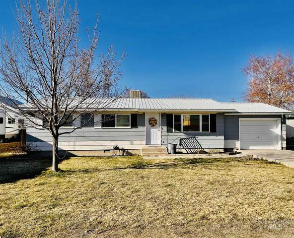 806 11th Street, Rupert, ID 83350 (MLS #98798358) :: Team One Group Real Estate