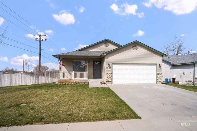 4587 S Chariot Way, Boise, ID 83709 (MLS #98798415) :: Shannon Metcalf Realty