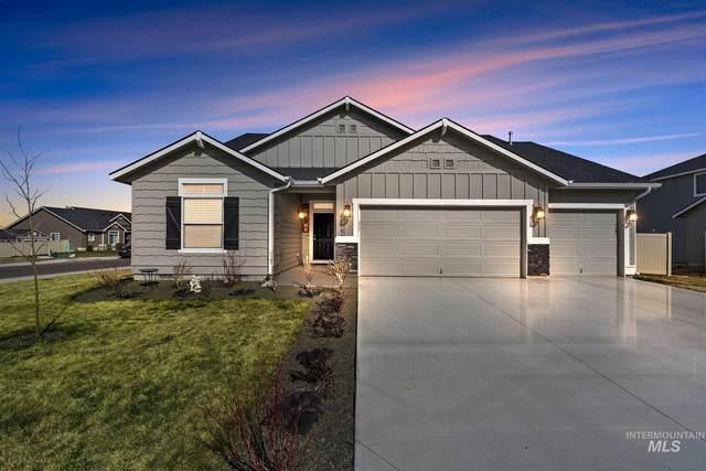 2822 W Midnight Dr., Kuna, ID 83634 (MLS #98798419) :: Build Idaho