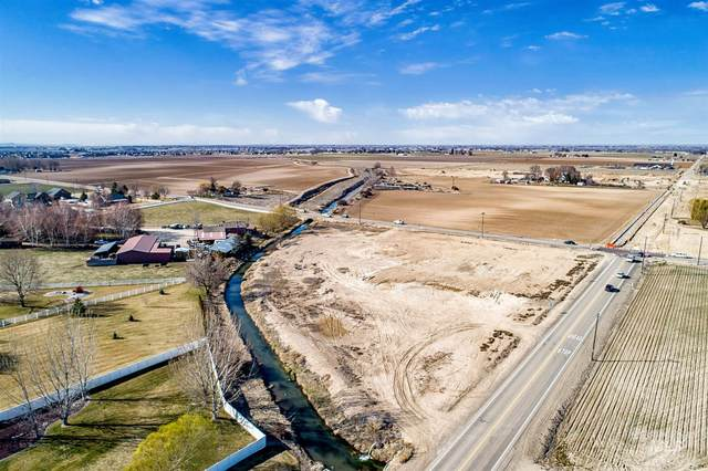 9056 Ustick Rd., Nampa, ID 83687 (MLS #98798461) :: City of Trees Real Estate