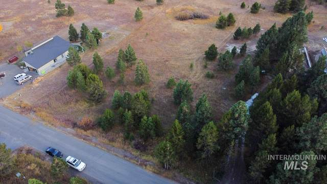 350 Moon Dr, Mccall, ID 83638 (MLS #98798504) :: Build Idaho