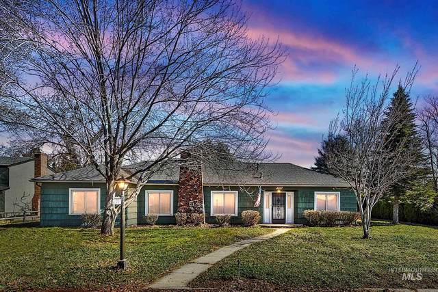 3102 N Sycamore Drive, Boise, ID 83703 (MLS #98798565) :: Bafundi Real Estate