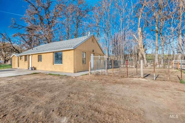 2863 State Hwy 19, Homedale, ID 83628 (MLS #98798705) :: Build Idaho