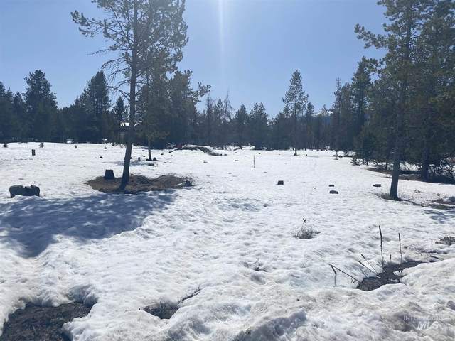 173 Meadow Pl, Donnelly, ID 83615 (MLS #98798707) :: Build Idaho