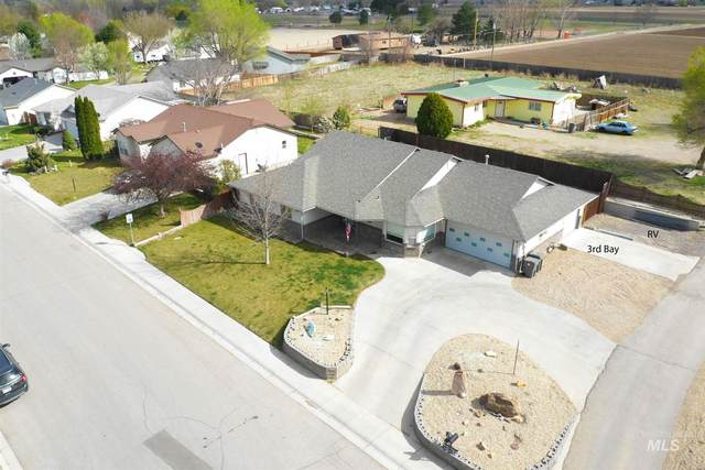319 W Utah Ave, Homedale, ID 83682 (MLS #98798781) :: Team One Group Real Estate