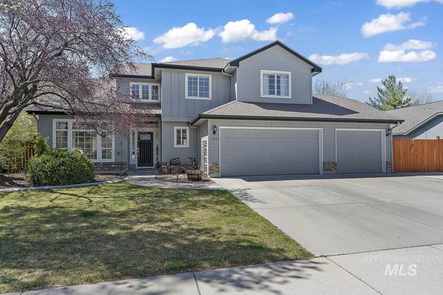 489 S Winthrop Way, Boise, ID 83709 (MLS #98798802) :: City of Trees Real Estate