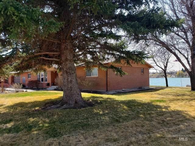 915 S River Drive, Heyburn, ID 83336 (MLS #98798883) :: Build Idaho