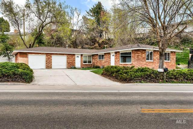 3400 W Hill Rd, Boise, ID 83703 (MLS #98798889) :: City of Trees Real Estate