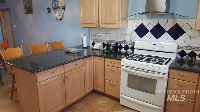335 Neider Drive, Orofino, ID 83544 (MLS #98798891) :: Boise River Realty