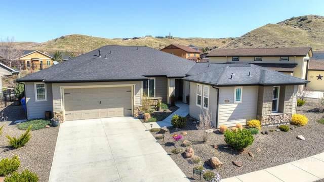 17810 Streams Edge Way, Boise, ID 83714 (MLS #98798898) :: Team One Group Real Estate
