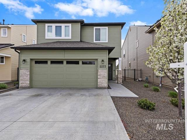 2277 E Kamay, Meridian, ID 83646 (MLS #98798968) :: Build Idaho