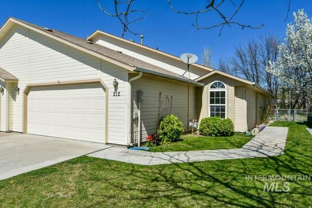 212 South Valley Dr, Nampa, ID 83686 (MLS #98798982) :: Team One Group Real Estate