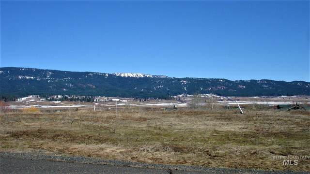 Lot 40 Village Loop, New Meadows, ID 83654 (MLS #98799102) :: Team One Group Real Estate