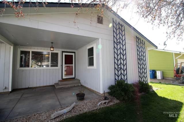 1635 E 5th North, Mountain Home, ID 83647 (MLS #98799147) :: Build Idaho