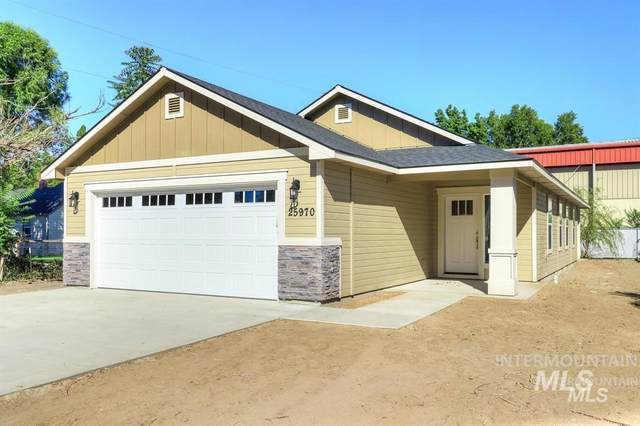 422 1st Street, Notus, ID 83656 (MLS #98799178) :: Trailhead Realty Group