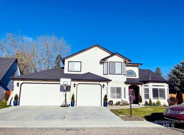 6090 N Queensburry Place, Boise, ID 83713 (MLS #98799182) :: Team One Group Real Estate