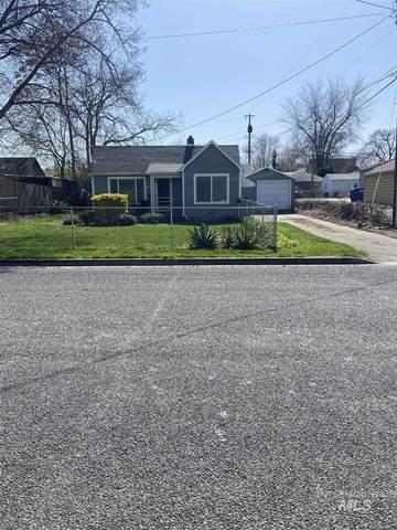 1714 14th Avenue, Lewiston, ID 83501 (MLS #98799215) :: Team One Group Real Estate