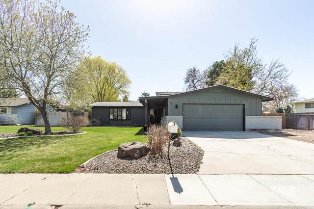 8711 W Oakmont Dr., Boise, ID 84704 (MLS #98799225) :: Trailhead Realty Group