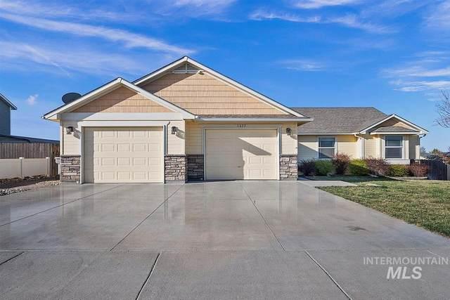 1655 Ne Cinder Loop, Mountain Home, ID 83647 (MLS #98799256) :: Michael Ryan Real Estate