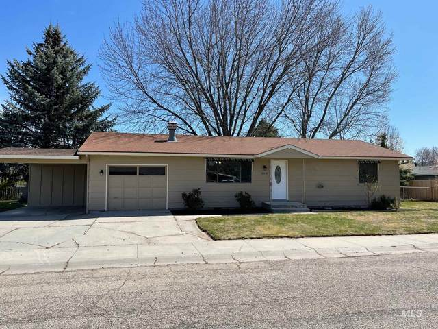 606 Riggs Street, Emmett, ID 83617 (MLS #98799270) :: Bafundi Real Estate