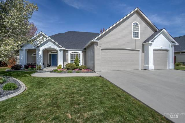 2247 N Hickory Way, Meridian, ID 83646 (MLS #98799352) :: Full Sail Real Estate
