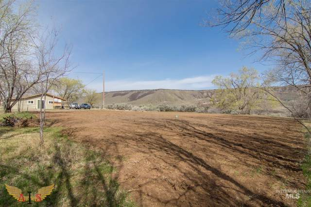 11 Faulkner, Bliss, ID 83314 (MLS #98799432) :: First Service Group
