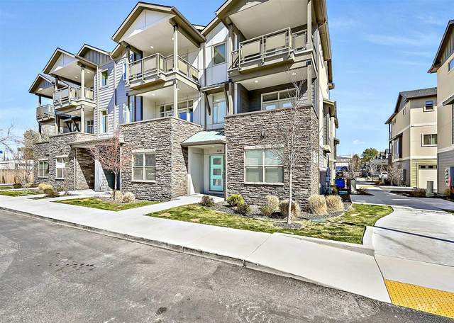 4238 N Freeride, Garden City, ID 83714 (MLS #98799463) :: Haith Real Estate Team