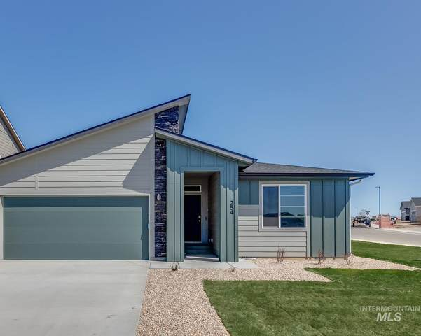 5056 W Sands Basin Dr, Meridian, ID 83646 (MLS #98799499) :: Boise Valley Real Estate