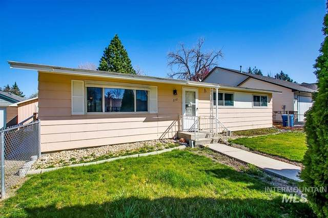210 E. Woodvine Street, Boise, ID 83706 (MLS #98799526) :: Story Real Estate