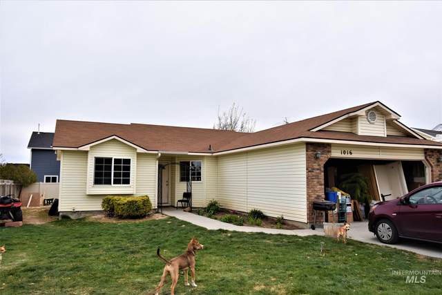 1016 Palrang, Caldwell, ID 83607 (MLS #98799527) :: Team One Group Real Estate