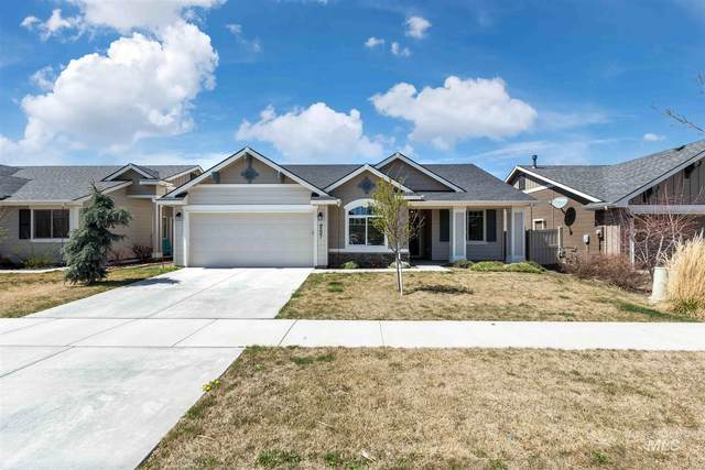 9301 S Updale Ave, Kuna, ID 83634 (MLS #98799546) :: Michael Ryan Real Estate