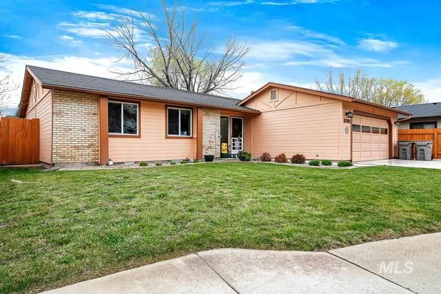 8097 W Canterbury Ct, Boise, ID 83704 (MLS #98799564) :: Silvercreek Realty Group