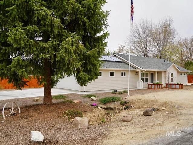 6110 W Butte, Boise, ID 83704 (MLS #98799665) :: Shannon Metcalf Realty