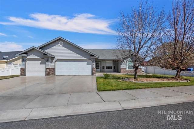 1436 Northern Pine Dr, Twin Falls, ID 83301 (MLS #98799743) :: Michael Ryan Real Estate