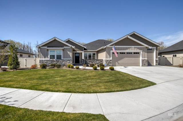 2351 N Luge Ave, Eagle, ID 83616 (MLS #98799761) :: Team One Group Real Estate