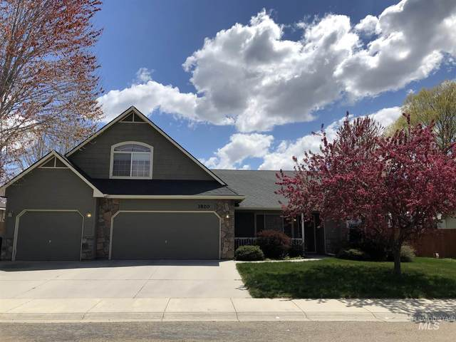 3820 N Twin Eagles, Meridian, ID 83642 (MLS #98799894) :: The Bean Team