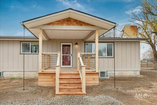 13 S 350 W, Jerome, ID 83338 (MLS #98799906) :: Bafundi Real Estate